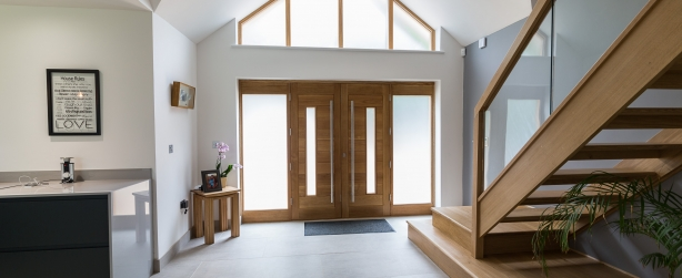oak double fronted entrance