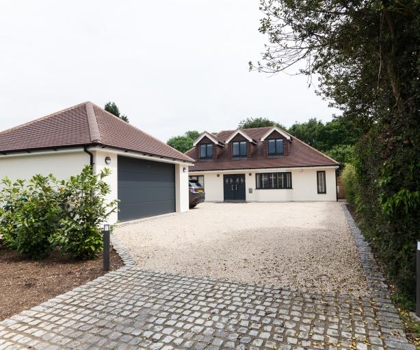 driveway in Bovingdon
